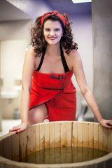 MaryBerry Dámský červený kostkovaný župan & kilt do sauny ve skotském stylu Velikost: S-M-L