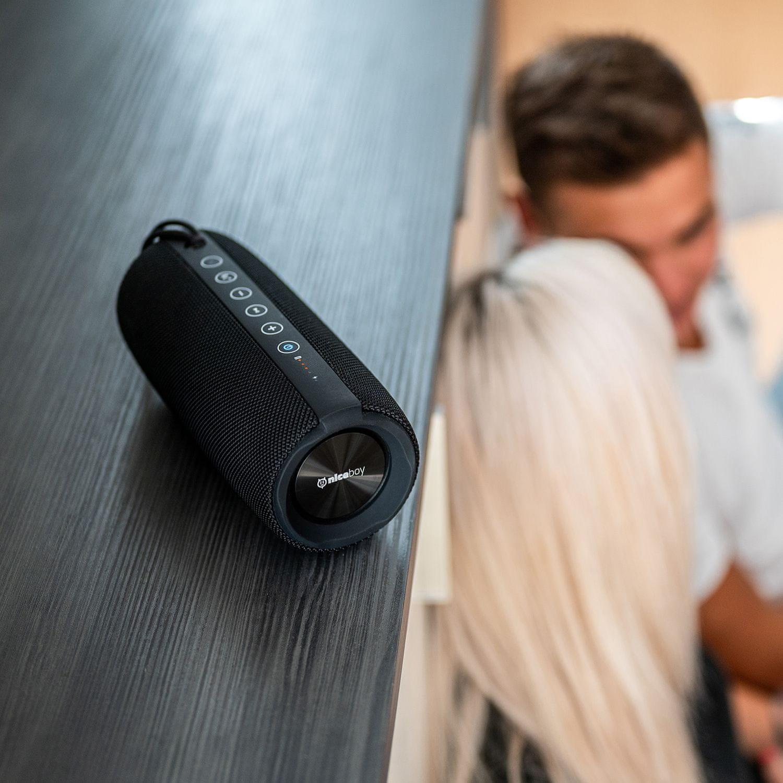 niceboy raze 3 reproduktor se skvělým výkonem 50 w doma i venku skvělý zvuk maxxbass technologie pro výrazné basy hraje až 15 h na nabití krytí ip67 powerbanka fm rádio výdrž 15 h na nabití Bluetooth 5.0 microsd slot usb vstup audiokabel aux in vstup handsfree funkce true wireless spárování s dalším repráčkem