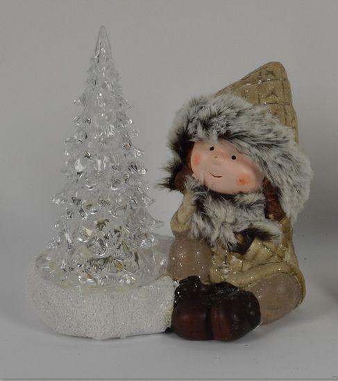 DUE ESSE Vánoční svítící dekorace kluk se stromečkem 15 cm 4