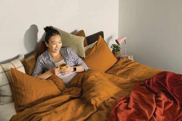 Inteligentné hodinky Fitbit Versa 3, analýza spánku, lepší spánok, spánkové skóre, fázy spánku