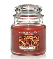 Yankee Candle Yankee gyertya CINNAMON STICK Közepes gyertya 411 g