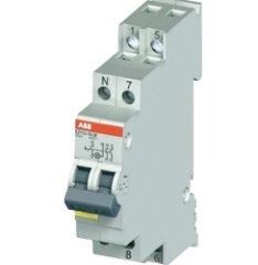 ABB Přepínač modulární ABB 2CCA703100R0001 E211X-16-10 16A instalační s LED