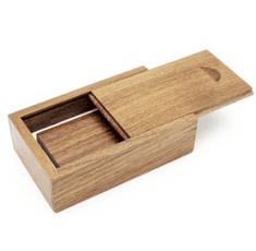 CTRL+C Sada: drevený USB hranol a drevený malý box, orech