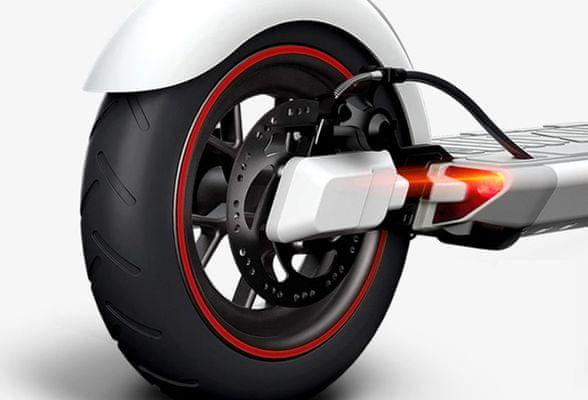 Lenovo Electric Scooter M2, White elektromos roller, összecsukható, alacsony súly