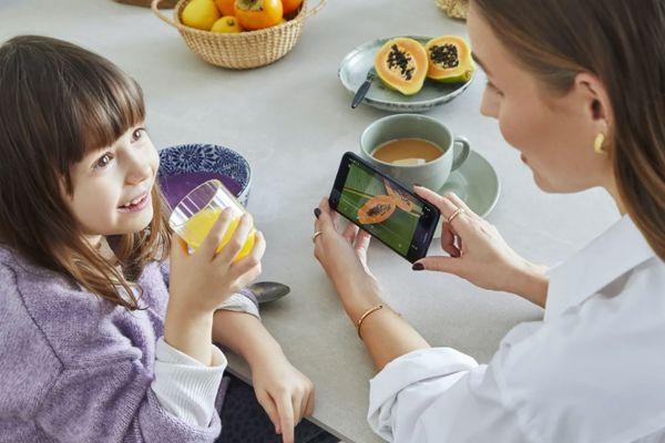 moderní mobilní dotykový telefon smartphone Nokia 5.4 bluetooth wifi google assistant 4000mah baterie lte síť dual sim microsd karta hd+ displej 48 5 2 2 mpx zadní fotoaparát 16mpx přední fotoaparát zadní blesk android 10 stylový design inspirovaný severem