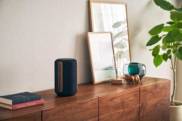Głośnik Bluetooth Sony SRS-RA5000 - bezprzewodowa technologia Wi-Fi, wejście audio 3,5 mm, automatyczna kalibracja zasilania z sieci, niesamowity dźwięk przestrzenny wyposażony w 3 konwerterów, sterowanie głosowe, obsługa asystenta Google Assistant i Amazon Alexa,  możliwość dźwięku w całym domu, sterowanie aplikacjami mobilnymi