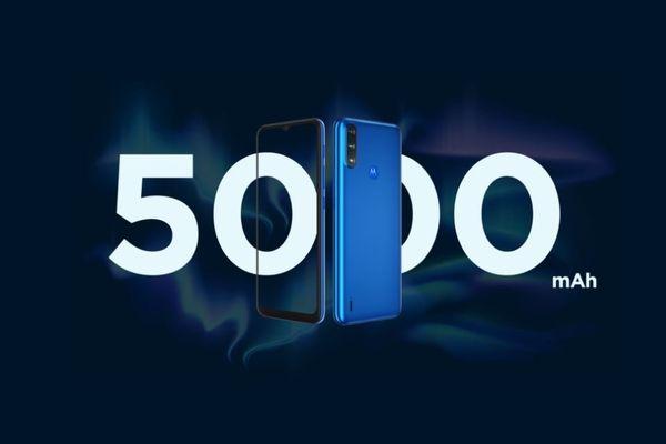 moderní mobilní dotykový telefon smartphone motorola e7 power 10w nabíjení 5000mah baterie 48h výdrž lte wifi Bluetooth 2 sim bez pamě´tové karty 6,5palcový hd plus displej 13mpx fotoaparát ip52 google assistant
