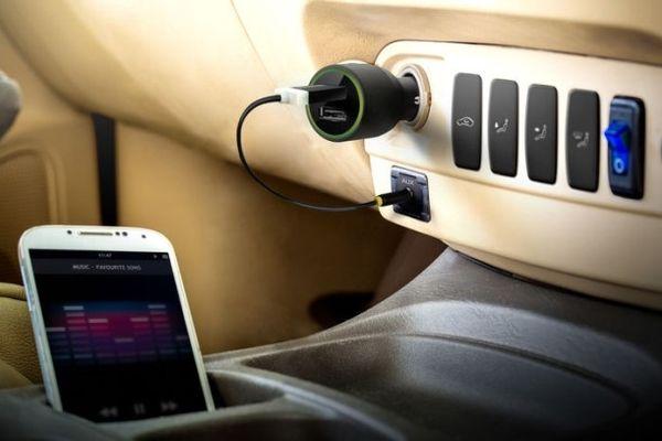 moderný miniatúrny Bluetooth prijímač pre autorádiá a domáce hifi systémy tunai firefly s 3,5 mm jack konektorom podpora aac mp3 sbd predlžovací kábel 60 cm