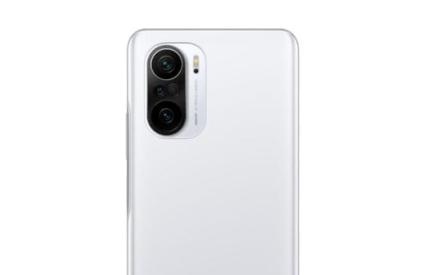 Xiaomi POCO F3 výkonný telefon AMOLED displej odolné sklo Corning Gorilla Glass 5 trojitý širokoúhlý fotoaparát ultraširokoúhlý makro objektiv Full HD+ rozlišení rychlonabíjení dlouhá výdrž baterie 33W nabíjení 5G připojení Bluetooth 5.1 NFC platby 8jádrový procesor Qualcomm Snapdragon 870 úhlopříčka displeje 6,67 palců 48 + 8 + 5 Mpx vysoké rozlišení nízká cena chlazení procesoru dvojice stereo reproduktorů