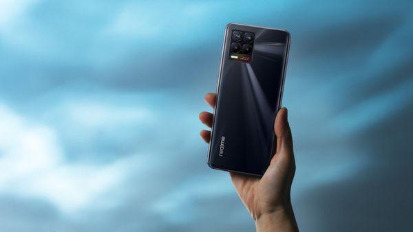 Realm 8, veľký AMOLED displej, dlhá výdrž veľkokapacitná batéria, ultra rýchle nabíjanie, výkonný procesor, štyri fotoaparáty, ultraširokouhlý, makro, NFC obnovacia frekvencia SuperDart nabíjanie MediaTek Helio G95 Android 11 Bluetooth 5.1 čítačka odtlačkov prstov v displeji bezrámečkový displej hĺbkový objektív