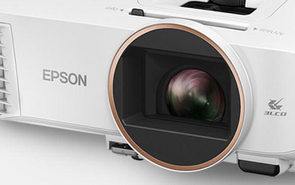 Projektor Epson EH-TW5700 (V11HA12040) HDMI 3,5 mm Wi-Fi Bluetooth USB VGA compatibility multimédia lejátszó