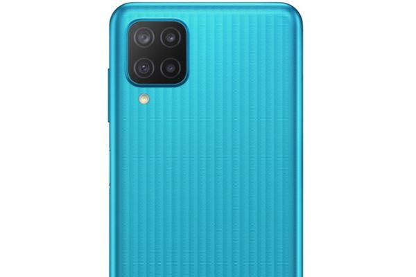 Samsung Galaxy M12 veľký displej 6,5 palcový PLS IPS displej HD+ 90 Hz obnovovacia frekvencia dlhá výdrž veľkokapacitné batérie 5000 mAh rýchlonabíjanie 15W výkonný procesor Exynos 850 štvornásobný fotoaparát ultraširokouhlý makro hĺbkový objektív čítačka odtlačkov prstov NFC 4GB RAM Bluetooth 5.0 Android 11 One UI 3.1 elegantný dizajn bezrámový displej dual SIM