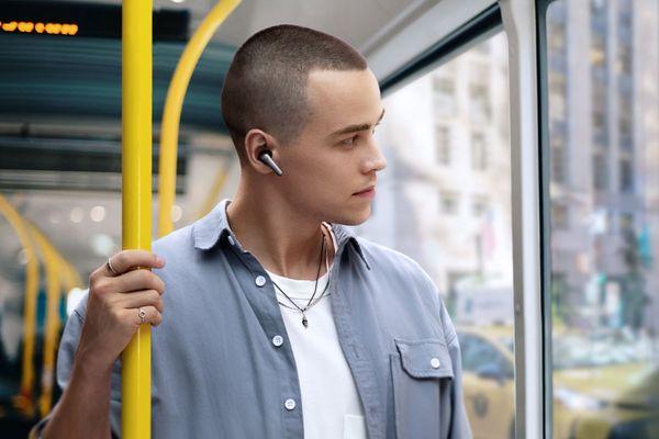 Gyönyörű vezeték nélküli fejhallgató Soundcore Anker Liberty Air 2 Bluetooth 6 mikrofonokhoz Tiszta kihangosító hívások Ancient környezeti zajcsökkentő érintésvezérlés Qi töltőtok Purenote Sound 11mm konverterek