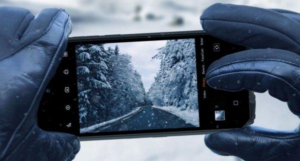 Oukitel WP10 odolný telefon IP69K IP68 vojenský standard odolnosti MIL-STD-810G vysoká kapacita baterie dlouhá výdrž čtyřnásobný fotoaparát NFC čtečka obličeje Bluetooth 5.1 reverzní dobíjení Gorilla Glass 3 bezrámečkový displej FHD+ 16Mpx přední kamera ovládání v rukavicích 5G internet 5G připoojení kvalitní fotoaparát vysoká odolnost multifunkční telefon